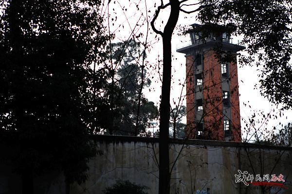 成都420厂+大门外的了望塔